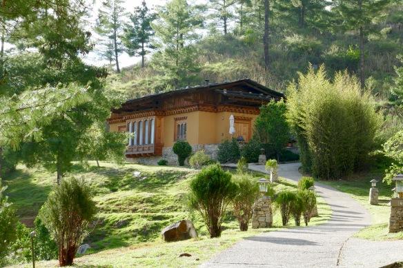 Our Villa Uma Paro